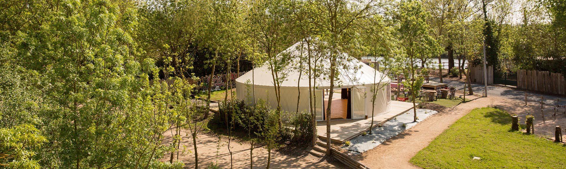 Location yourte pour réunions familiales en marais poitevin