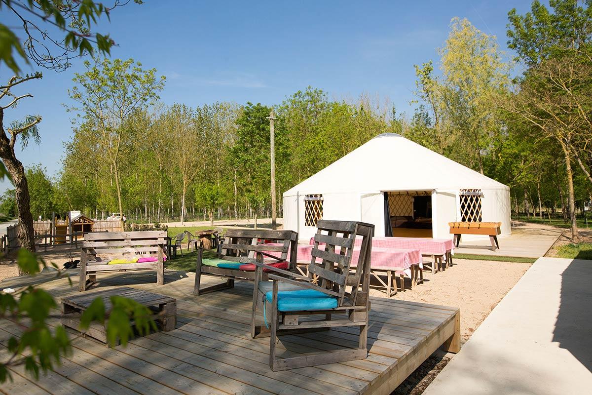 Camping avec bar