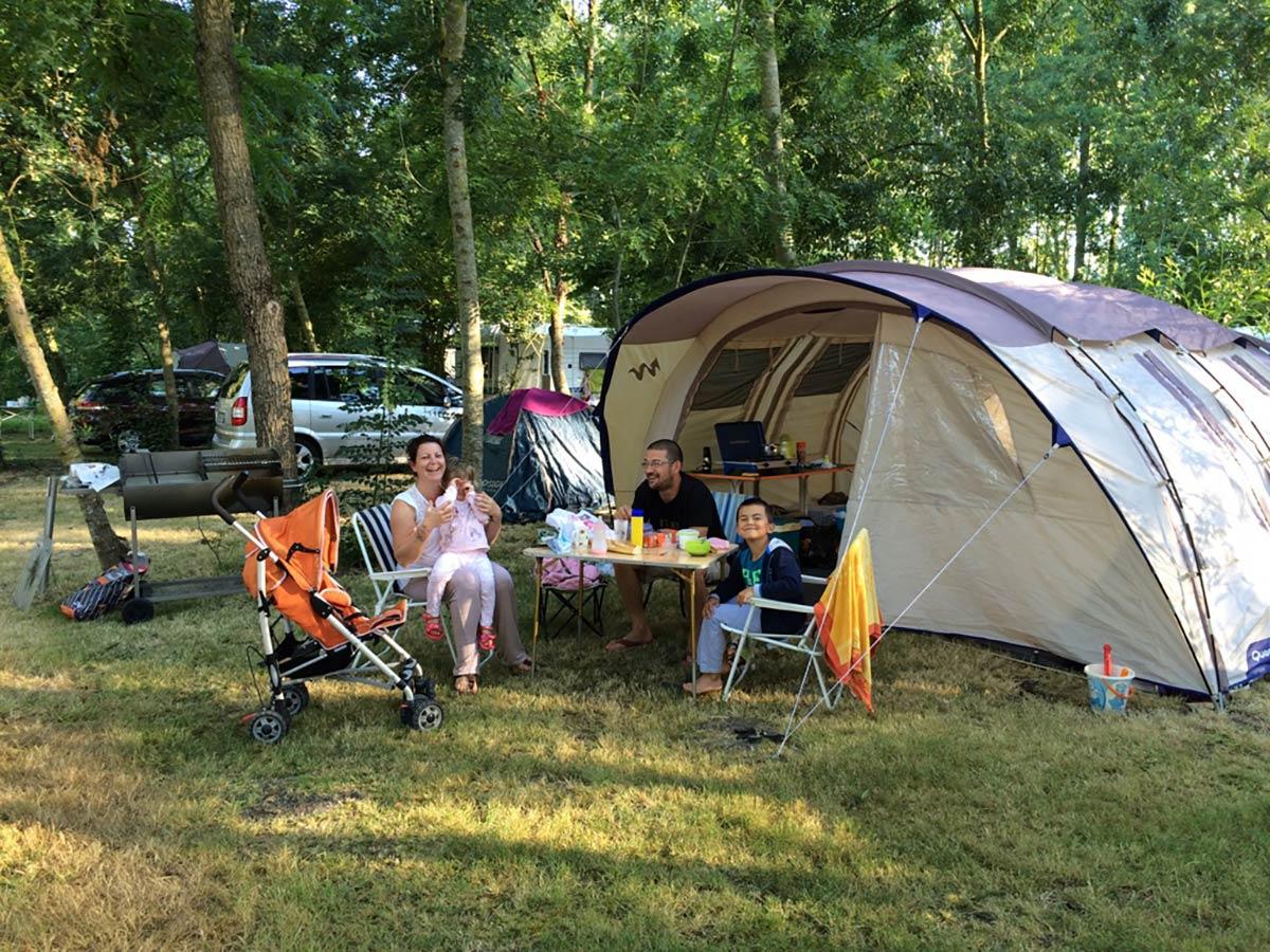 Location d'emplacement en camping marais poitevin