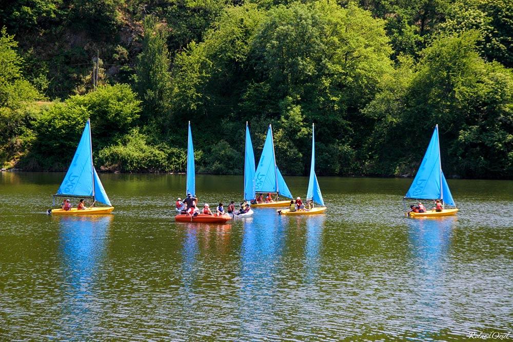 camping proche lac Mervent