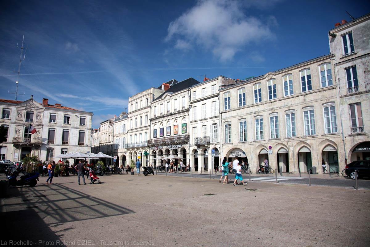 Camping proche La Rochelle - place de verdun